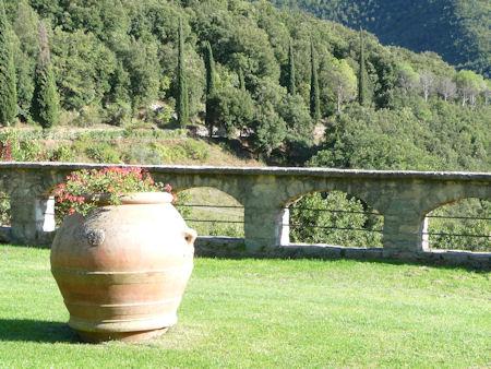 Abbazia San Pietro in Valle 3